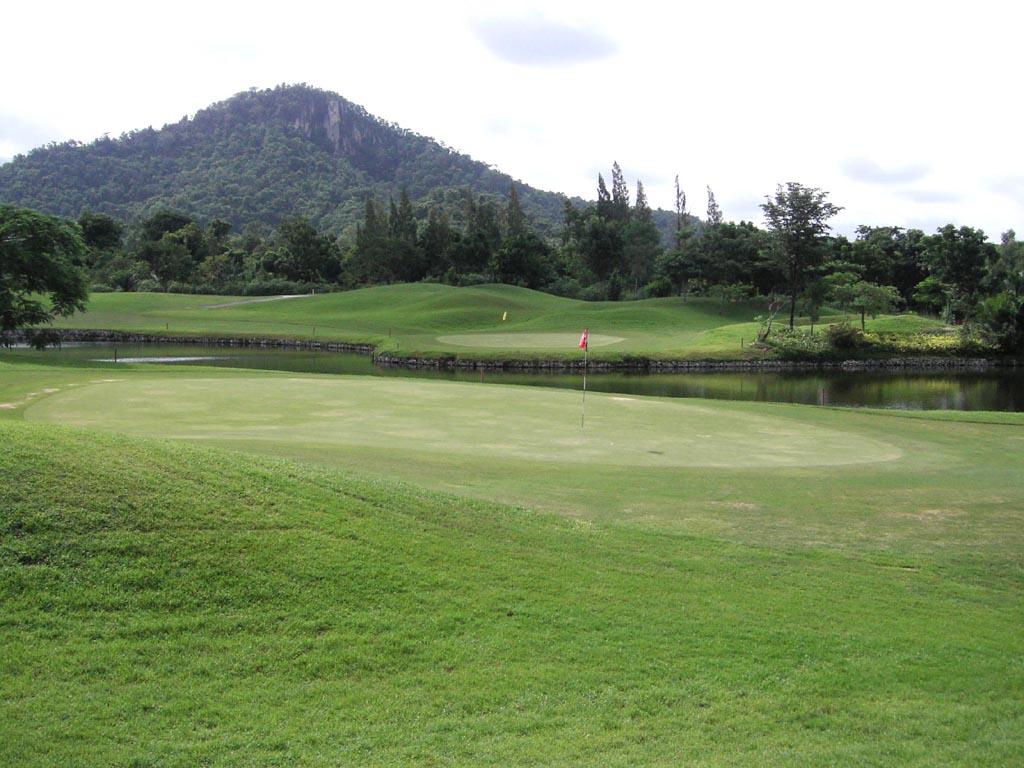 Khao Kheow Golf Club, Pattaya