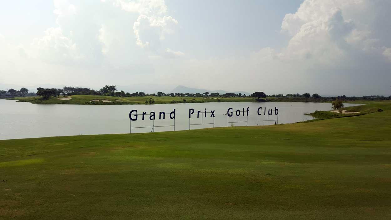 grand prix golf club kanchanaburi en af thailands. Black Bedroom Furniture Sets. Home Design Ideas